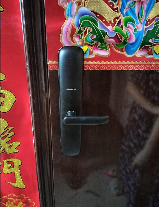 濮阳华龙区指纹密码锁-碧水云天业主安装久邦智能锁指纹密码锁经济实用